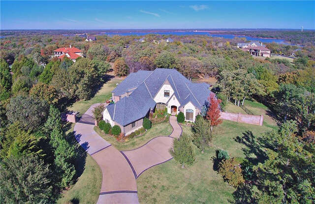 Single Family for Sale at 3700 Stonehurst Edmond, Oklahoma 73003 United States