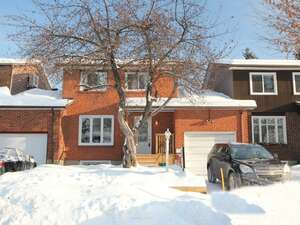 Featured Property in Gatineau, QC J8V 1G2
