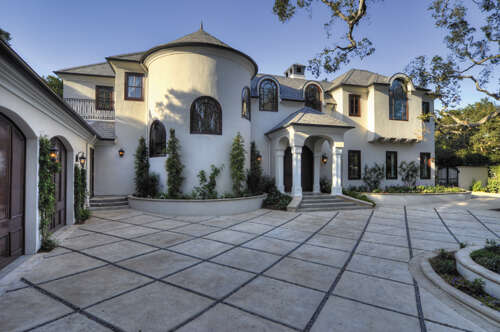 Single Family for Sale at 2084 East Valley Road Montecito, California 93108 United States