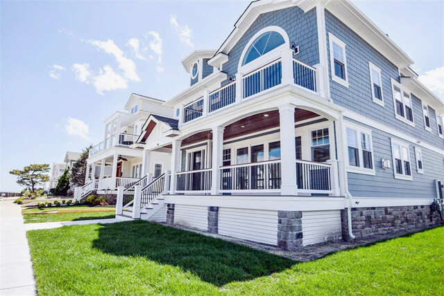 Single Family for Sale at 100 S Vendome Ave Margate, New Jersey 08402 United States