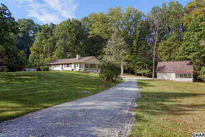 Featured Property in Etters, PA 17319