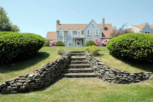 Single Family for Sale at 211 Presidents Road Buzzards Bay, Massachusetts 02532 United States