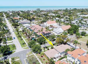 Featured Property in Naples, FL 34102
