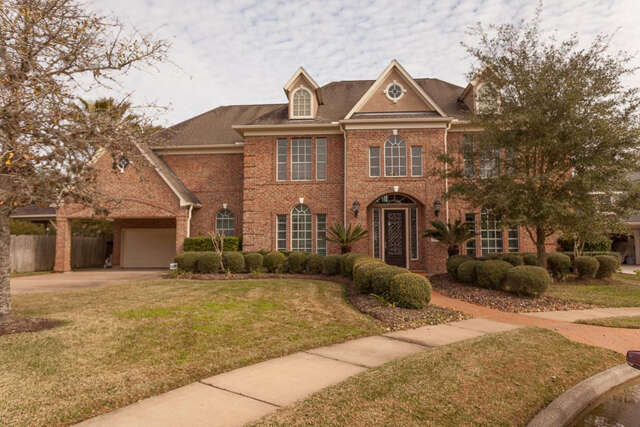 Single Family for Sale at 7306 Shannondale Drive Sugar Land, Texas 77479 United States