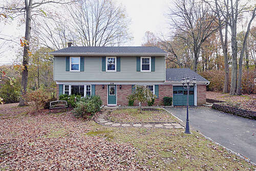 Single Family for Sale at 339 Florence Rd Middletown, New Jersey 07748 United States