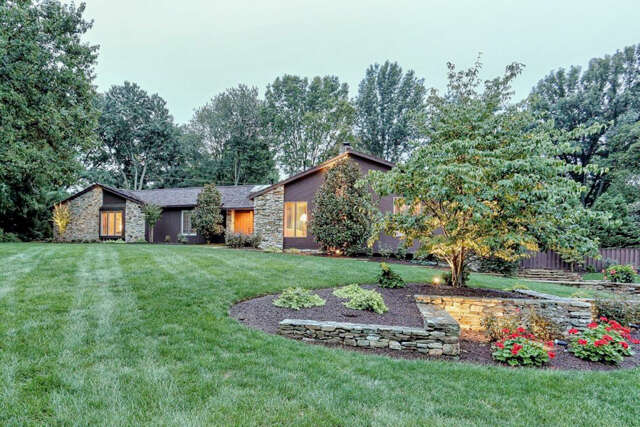 Single Family for Sale at 260 BROOK FARMS ROAD Lancaster, Pennsylvania 17601 United States