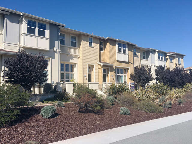 Single Family for Sale at 7 Bremerton Cir Redwood City, California 94065 United States