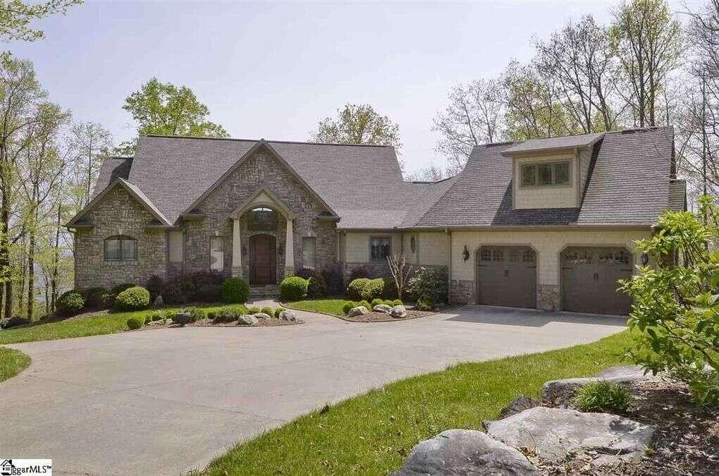 Single Family for Sale at 119 Stony Rd Landrum, South Carolina 29356 United States