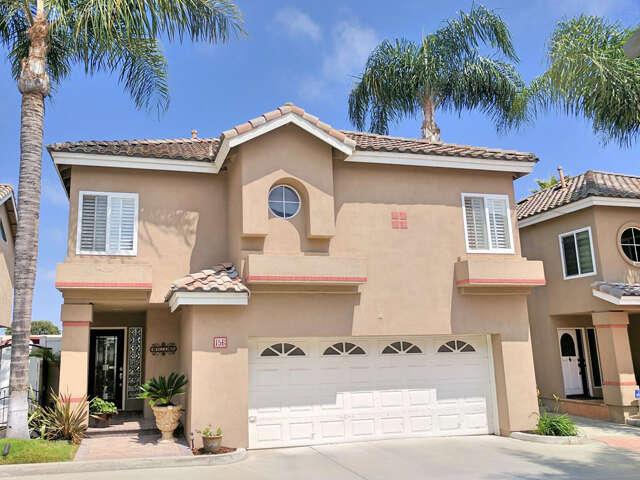 Single Family for Sale at 156 Terraza Ct Costa Mesa, California 92627 United States