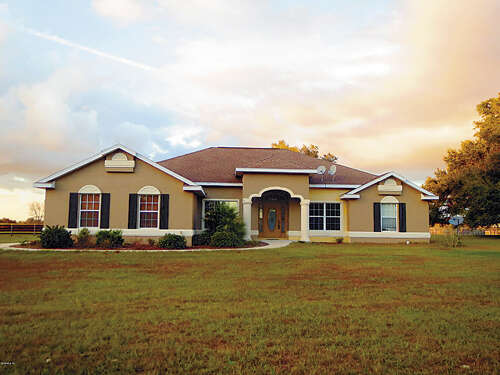 Single Family for Sale at 21751 SE 35 Street Morriston, Florida 32668 United States