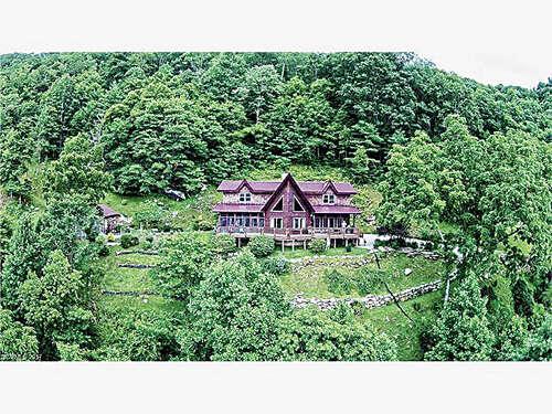 Single Family for Sale at 230 Farmer Mountain Road Marshall, North Carolina 28753 United States
