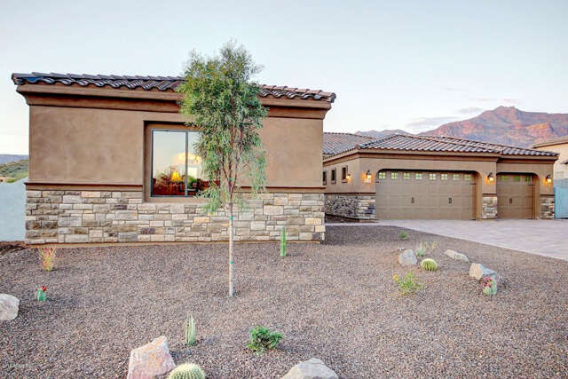 Single Family for Sale at 4035 S Willow Springs Trail Gold Canyon, Arizona 85118 United States