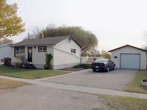 Featured Property in Central Butte, SK