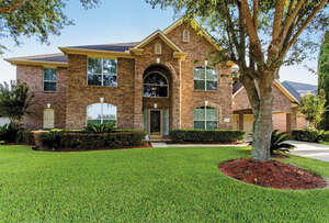 Featured Property in Sugar Land, TX 77498