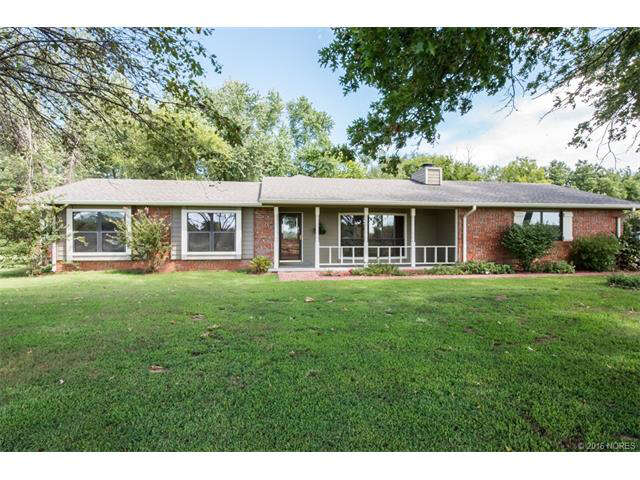 Featured Property in COWETA, OK, 74429