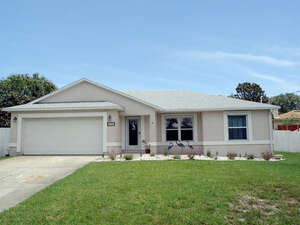 Featured Property in St Augustine Beach, FL 32086