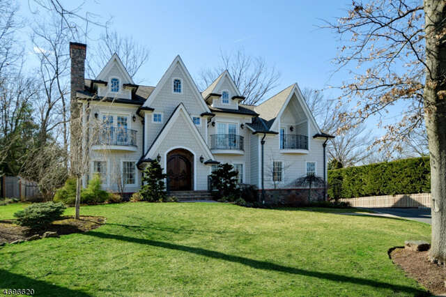Single Family for Sale at 1081 Minisink Way Westfield, New Jersey 07090 United States