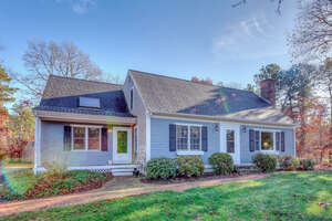 Featured Property in Cotuit, MA 02635