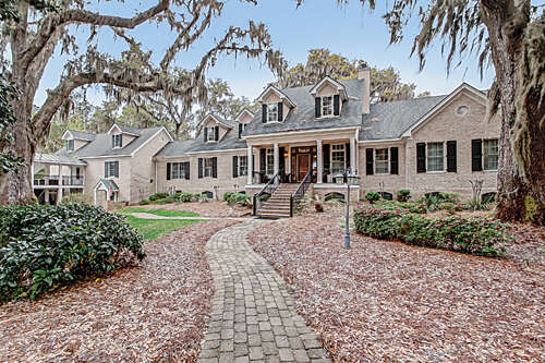 Single Family for Sale at 206 Bluff View Richmond Hill, Georgia 31324 United States