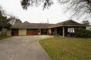 Featured Property in La Porte, TX 77571