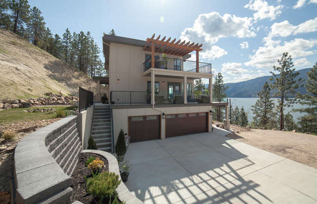 Featured Property in LAKE COUNTRY, BC, V4V 2J4