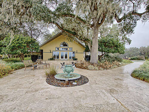 Single Family for Sale at 11415 NW 123rd Ln Reddick, Florida 32686 United States