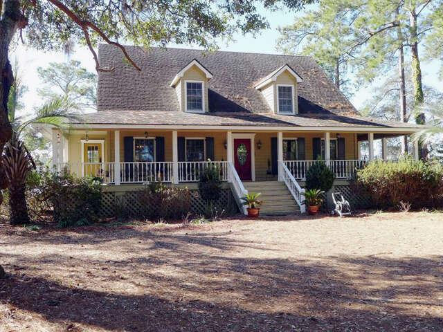 Single Family for Sale at 8727 Middleton Point Lane Edisto Island, South Carolina 29438 United States