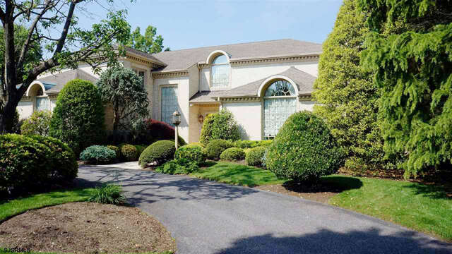 Single Family for Sale at 8 Mill Ln Ln Linwood, New Jersey 08221 United States