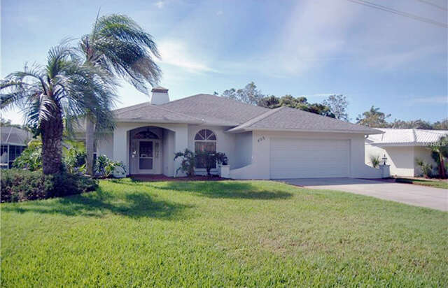 Single Family for Sale at 405 Gulf Drive Venice, Florida 34285 United States