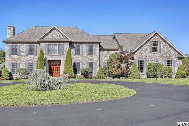 Single Family for Sale at 4 Alexandria Court Mechanicsburg, Pennsylvania 17050 United States