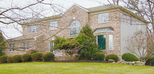 Featured Property in Warren Twp, NJ