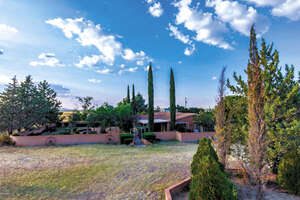 Featured Property in Elgin, AZ 85611