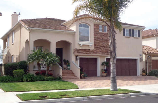 Single Family for Sale at 1351 Chesapeake Dr Oxnard, California 93035 United States