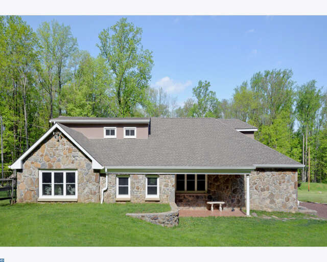 Single Family for Sale at 313 Rock Hill Rd Quakertown, Pennsylvania 18951 United States