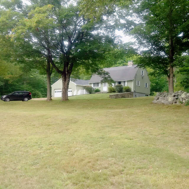Single Family for Sale at 122 Ogunquit Rd York, Maine 03909 United States