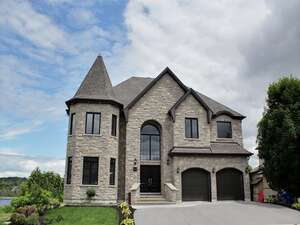 Featured Property in Gatineau, QC J8Z 3P2
