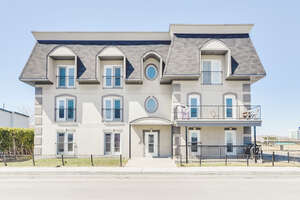 Featured Property in Gatineau, QC J8X 3W7