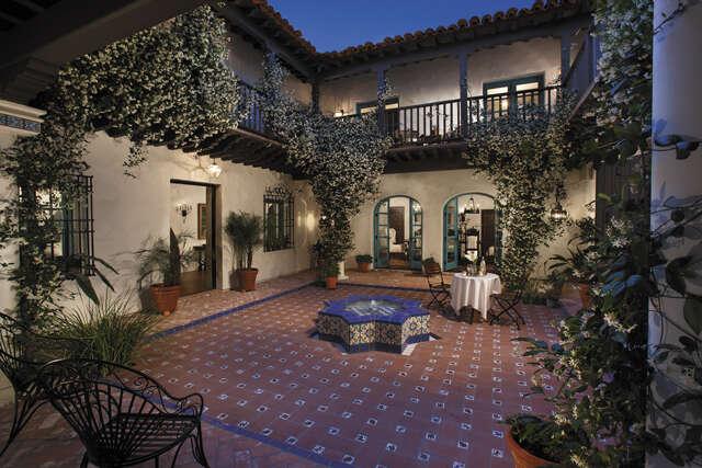 Single Family for Sale at 6110 N Kachina Lane Paradise Valley, Arizona 85253 United States