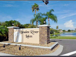 Featured Property in Bradenton, FL 34208