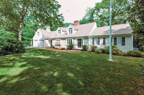 Single Family for Sale at 522 Bay Lane Centerville, Massachusetts 02632 United States