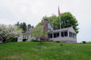 Featured Property in Brookfield, NH 03872