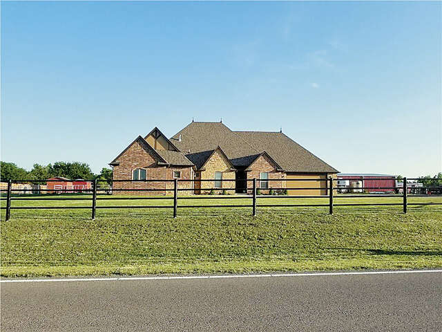 Single Family for Sale at 13000 44th Yukon, Oklahoma 73099 United States
