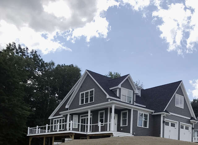 Additional photo for property listing at 35 Shore Lane  Dover, New Hampshire 03820 United States