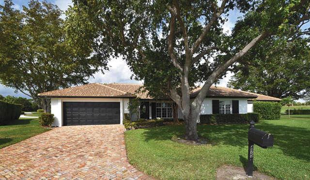 Single Family for Sale at 4755 Loquat Circle Boynton Beach, Florida 33436 United States