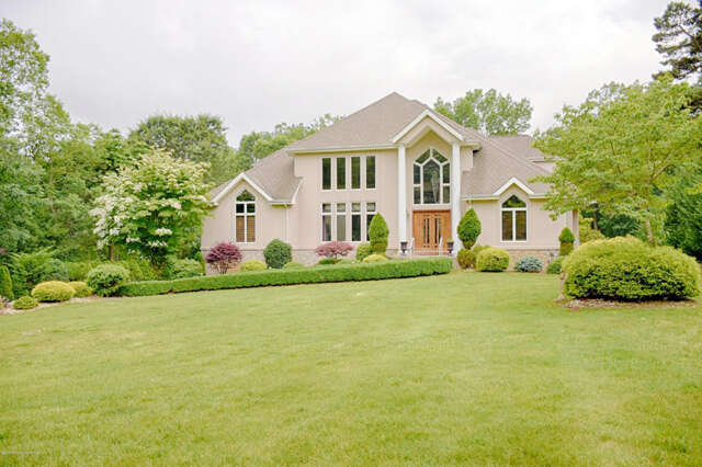 Single Family for Sale at 330 Clearstream Road Jackson, New Jersey 08527 United States