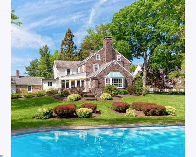 Single Family for Sale at 207 Dark Hollow Road Pipersville, Pennsylvania 18947 United States