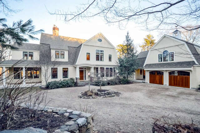 Single Family for Sale at 194 Main Street West Barnstable, Massachusetts 02668 United States