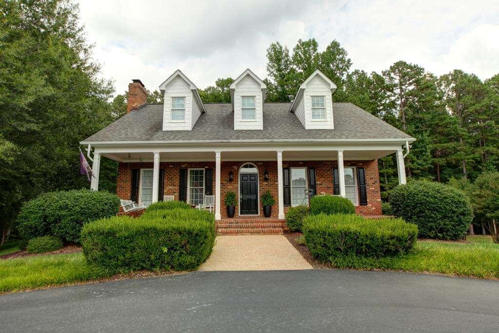 Single Family for Sale at 203 Ligon Drive Buffalo Junction, Virginia 24529 United States