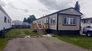 Featured Property in Calgary, AB T2A 0W6