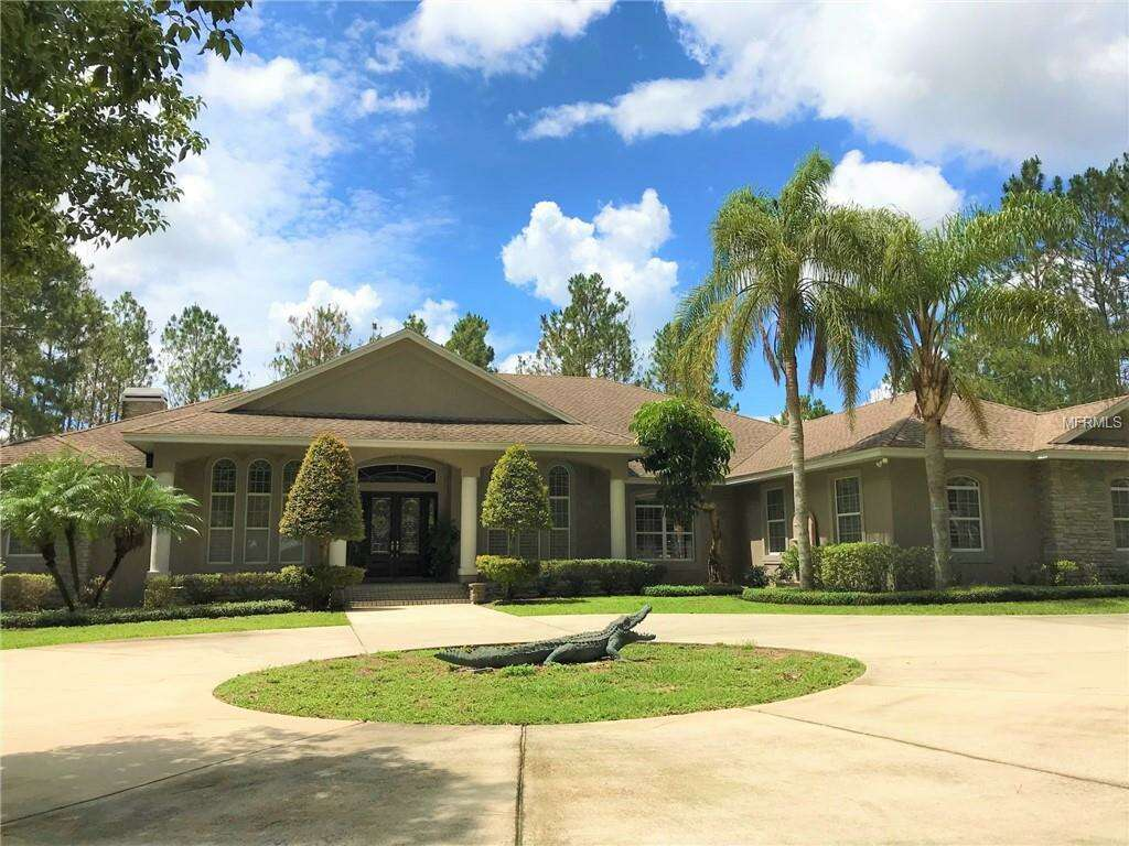 Single Family for Sale at 2960 Country Club Road N Winter Haven, Florida 33881 United States